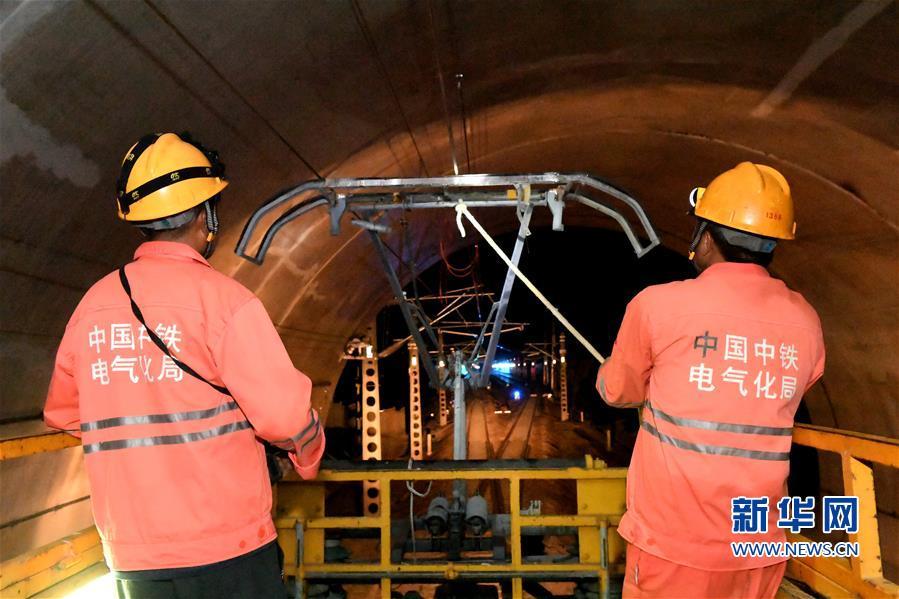 衢宁铁路电气化工程进入冷热滑试验收官阶段
