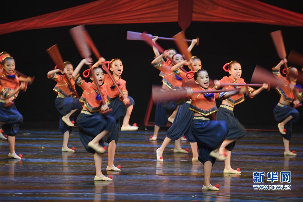 福建:原创舞蹈 乐享假期