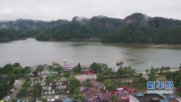 泰宁县举办第三届大金湖公开水域游泳赛